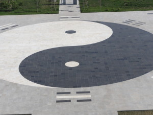 yin yang symbol in China